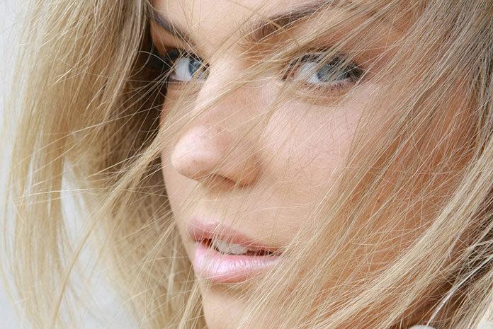 Makijaż dla blondynki na wiosnę