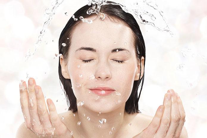Nietypowe produkty do oczyszczania twarzy