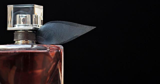 Perfumy - najlepsza ozdoba każdej kobiety