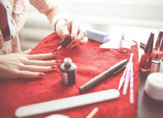Klej do przedłużania paznokci