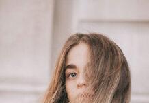 Jak prawidłowo pielęgnować przedłużone włosy